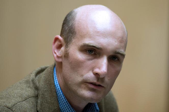 Détenu otage en Syrie de juin2013 à avril2014, le journaliste NicolasHénina reconnu songeôliercommeétantMehdi Nemmouche.