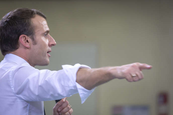 Emmanuel Macron when he took part in the big national debate against the elected officers of the suburbs, in Evry-Courcouronnes (Essonne), on 4 February.