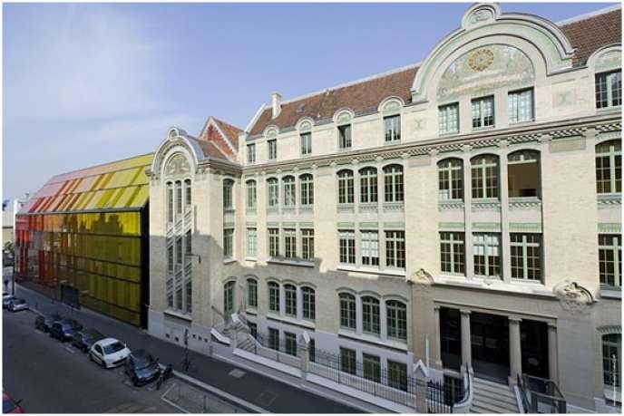 Le deuxième campus parisien d'ESCP Europe, à Montparnasse, dans les anciens locaux de l'Ecole commerciale de la Chambre de commerce de Paris (1863).