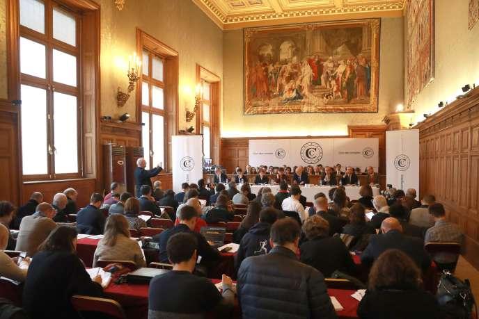 Présentation du rapport annuel de la Cour des comptes, à Paris, le 6 février 2019.