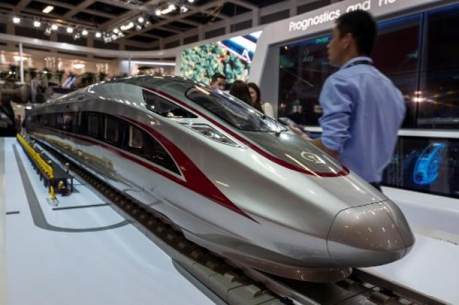 Maquette d'un train à grande vitesse du groupe de matériel ferroviaire chinois CRRC, le 19 septembre 2018, au salon InnoTrans, à Berlin.