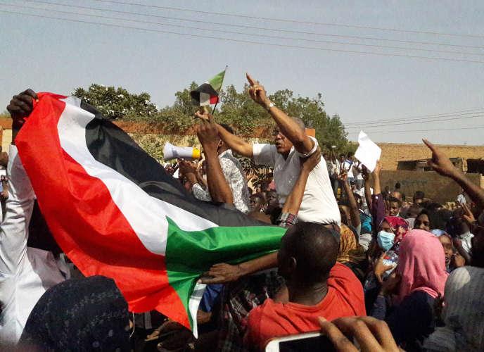 Manifestation antigouvernementale à Omdourman, ville située en face de la capitale soudanaise Khartoum sur le Nil, le 31 janvier 2019.
