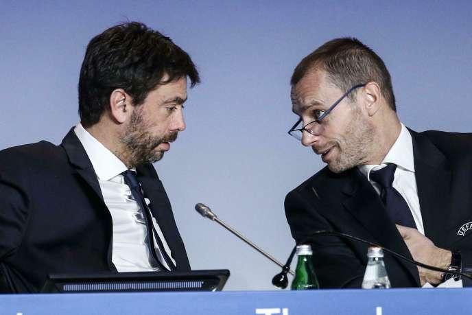 Andrea Agnelli (à gauche), le président de la Juventus Turin et de l'Association des clubs européens (ECA), avec Aleksander Ceferin, le président de l'UEFA, lors du congrès de l'UEFA en février 2019 àRome.