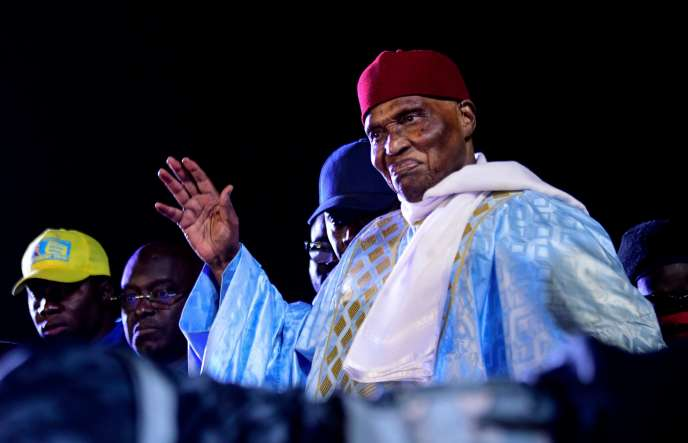 L'ancien président sénégalais Abdoulaye Wade à son arrivée à Dakar, le 7 février 2019.