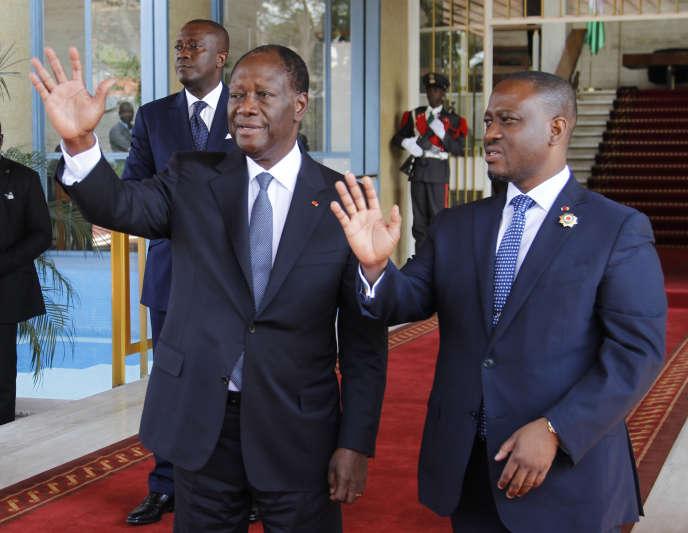 Le président ivoirien, Alassane Ouattara (à gauche), et le président de l'Assemblée nationale, Guillaume Soro, à Abidjan, le 24 octobre 2014.