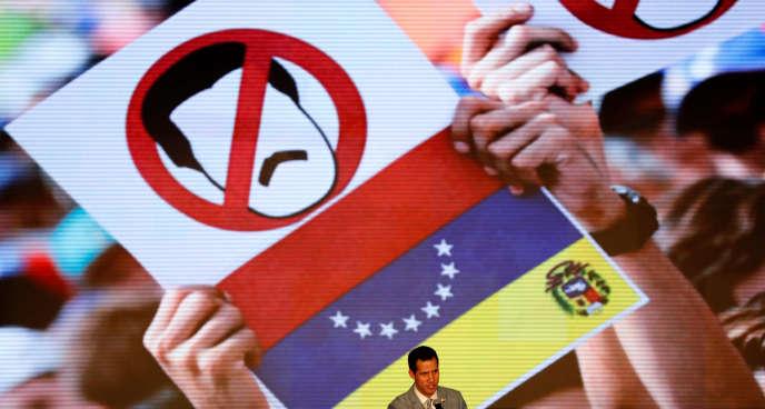 Juan Guaido, reconnu comme président intérimaire par les Etats-Unis et une quarantaine de pays, lors d'un meetingd'étudiants à Caracas le 8 février 2019.
