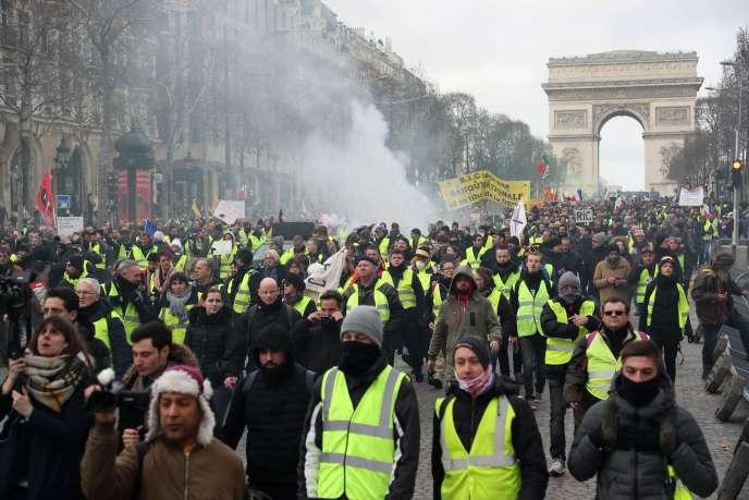 Manifestation des« gilets jaunes», sur les Champs-Elysées, samedi 9 février 2019.