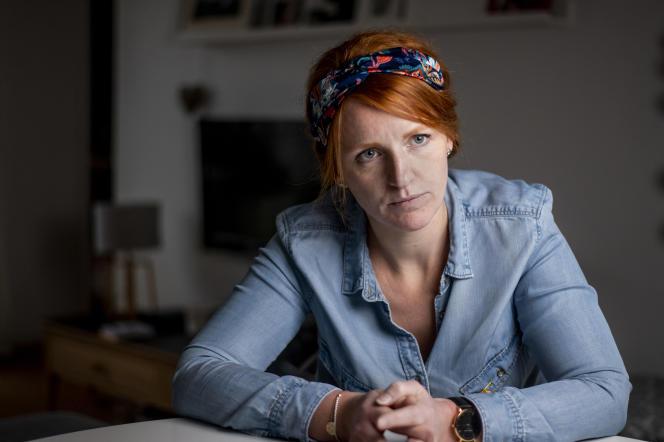 Ingrid Levavasseur, dans son appartement dans l'Eure, en février.