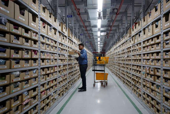 Dans un entrepôt d'Amazon, en périphérie de Bangalore (sud de l'Inde), en septembre 2018.