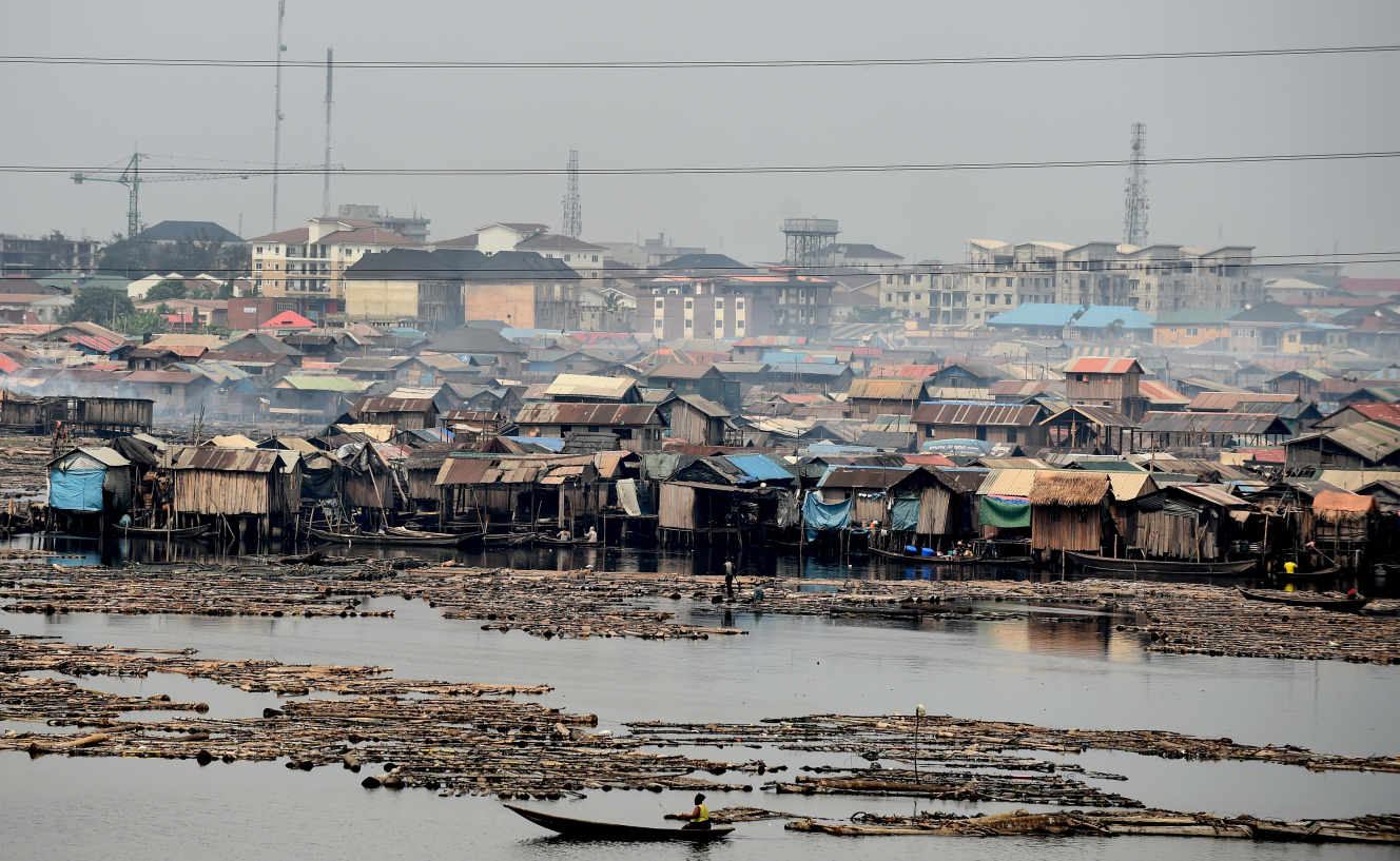 A favela Makoko na costa de Lagos, a capital económica da Nigéria, em Janeiro de 2019.