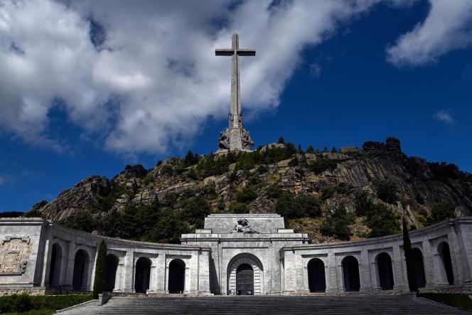 L'immense mausolée duValle de los Caidos (littéralement «la vallée de ceux qui sont tombés»), près de Madrid, où repose le corps embaumé de Franco, en juillet 2018.