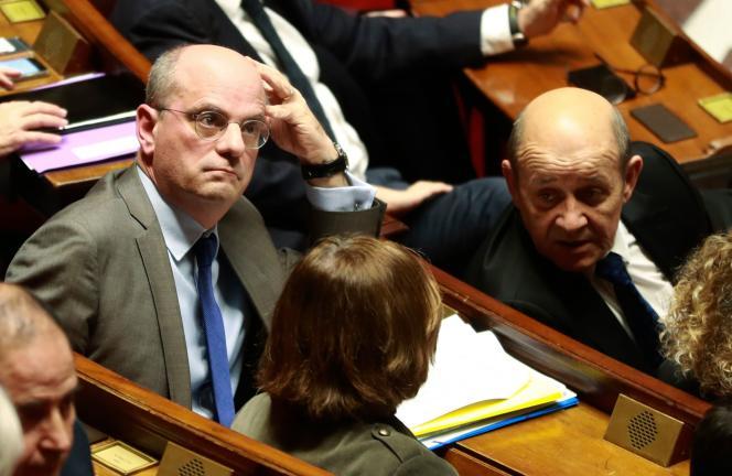 Le ministre de l'éducation, Jean-Michel Blanquer (à gauche), le 12février à l'Assemblée nationale.