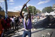 Lors des émeutes à Port-au-Prince, le 12 février.