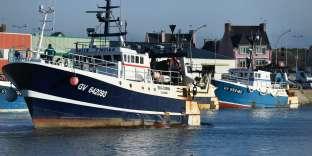 Un bateau de pêche dans le port du Guilvinec, le 13 février.