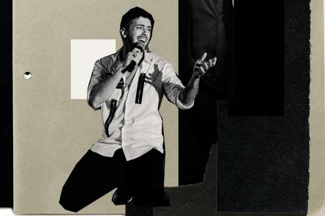 Le chanteur, considéré comme la plus grande pop star marocaine de tous les temps, est accusé d'avoir violé plusieurs femmes en France.
