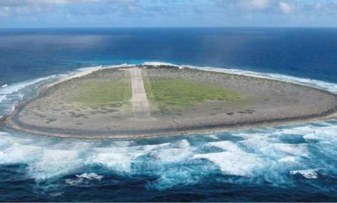 L'île de Tromelin, dans l'océan Indien.
