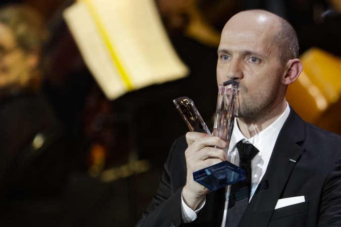 Le baryton Stéphane Degout récompensé lors de la 26e cérémonie des Victoires de la musique classique à La Seine musicale à Boulogne-Billancourt, le 13 février.