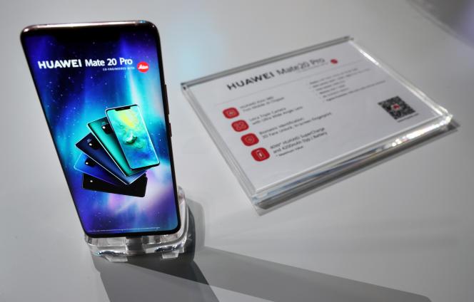 Pour parvenir à compléter la Symphonie n° 8 de Franz Schubert, Huawei a utilisé l'IA des deux unités de traitement neuronal de son téléphone portable dernier cri, le Mate 20 Pro.