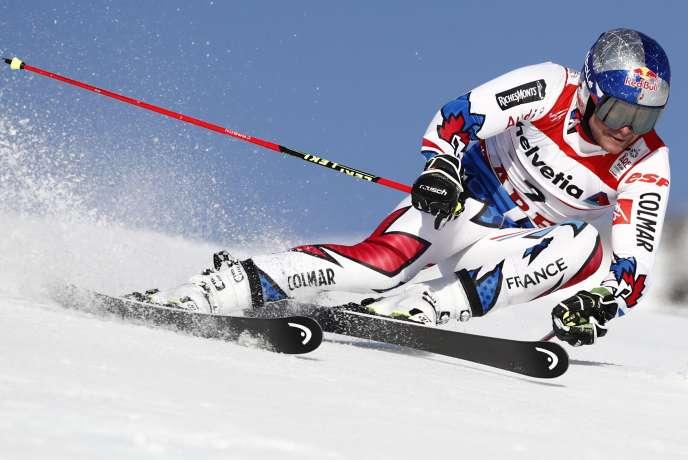 Alexis Pinturault a pris la troisième place d'un slalom géant au podium royal, derrière le Norvégien Henrik Kristoffersen et l'Autrichien Marcel Hirscher