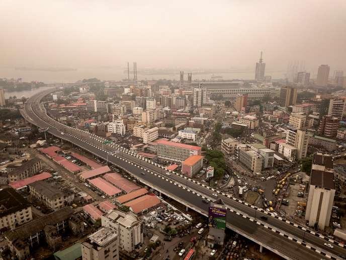 Vue aérienne du centre historique de Lagos, la capitale économique du Nigeria, le 12 février.