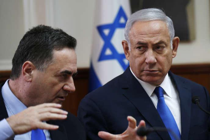 Le chef de la diplomatie de l'Etat hébreu, Israel Katz (alors ministre du renseignement et des transports)et le premier ministre israélienBenyamin Nétanyahou, en septembre 2018.