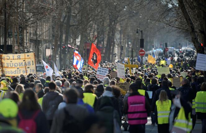 Manifestation de « gilets jaunes» à Paris, dimanche 17 février 2019.