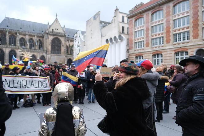 Rassemblement de la diaspora vénézuélienne en soutien à Juan Guaido, le 2 février 2019 à Paris.