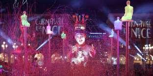 Le défilé de chars du roi lors du défilé du carnaval de Nice (Alpes-Maritimes), le 16 février.