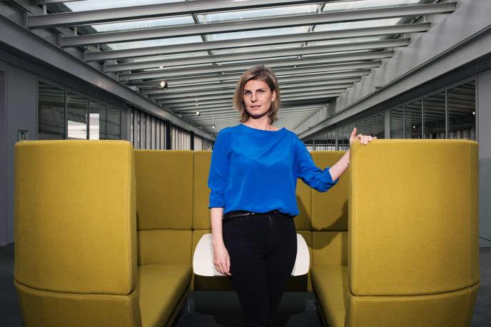 Marguerite Bérard, le 12 février au siège de BNP Paribas, a pris la tête des réseaux France de la banque de détail.