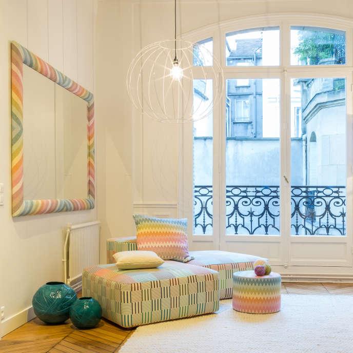 Au premier étage du nouveau showroom Missoni Home, à Paris, avec la collection aux teintes pastel, Paper Flowers (2019).