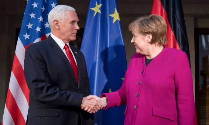 A Munich, Angela Merkel s'est adonnée à une critique en règle de la politique étrangère américaine, politique que Mike Pence a ensuite défendue.