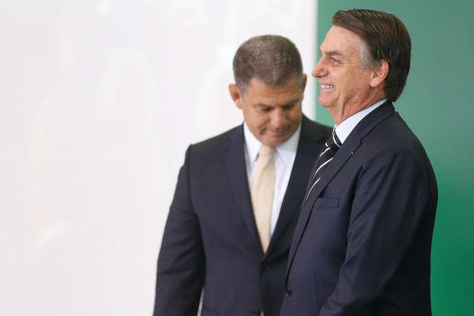 Jair Bolsonaro et Gustavo Bebianno, alors nouveau secrétaire général de la présidence brésilienne, à Brasilia, le 2 janvier.