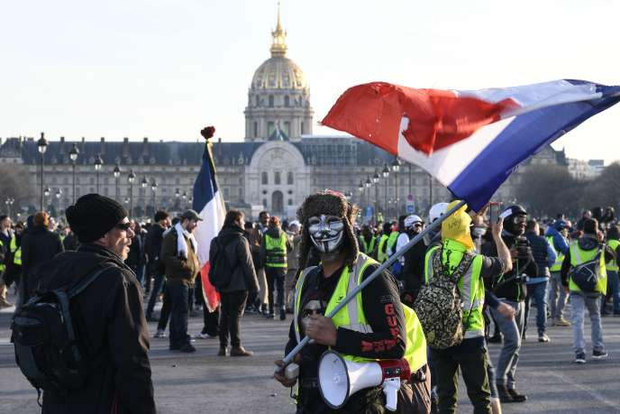 Durant l'acte XIV des «gilets jaunes», à Paris, le 16 février.