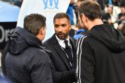 Habib Beye (au centre) lors d'un match à Marseille, le 28 octobre.