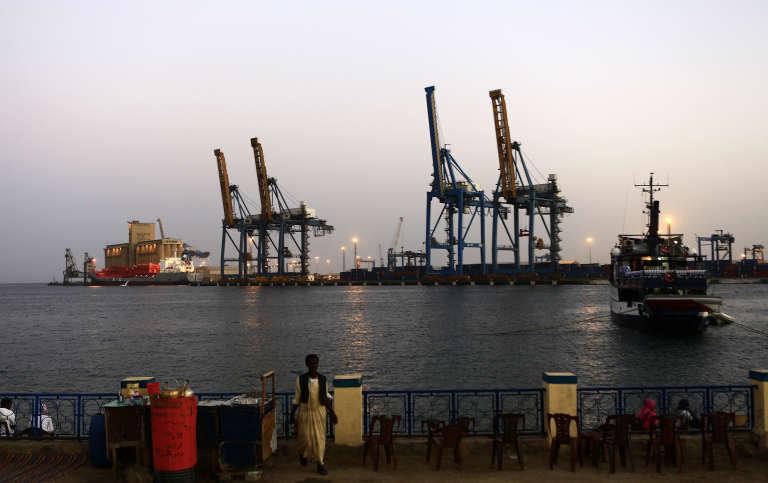 Le terminal à conteneurs de Port-Soudan, sur les bords de la mer Rouge, en février 2014.