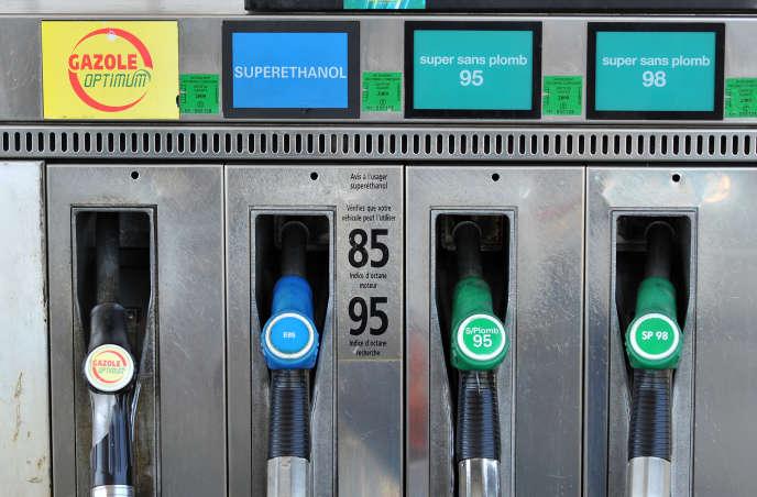 Une station-service proposant le carburant superéthanol E85, à Bordeaux, en 2008.
