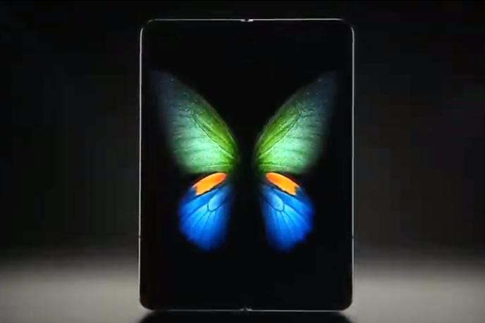 Le tout nouveau Samsung Galaxy Fold, une fois déplié.