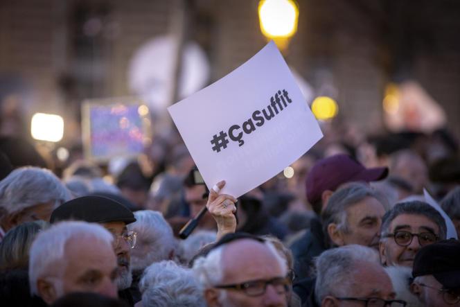 Lors d'un grand rassemblement contre l'antisémitisme, place de la République à Paris, le 19 février.