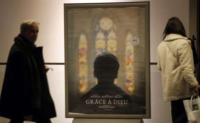 « Grâce à Dieu», de François Ozon, sur l'affaire du Père Preynat, sortira bien en salle le 20 février, comme l'a confirmé le tribunal de Lyon.