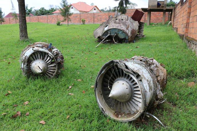 Les débris du Falcon50 de Juvénal Habyarimana, tombés au sein de sa résidence présidentielle, en 2014.