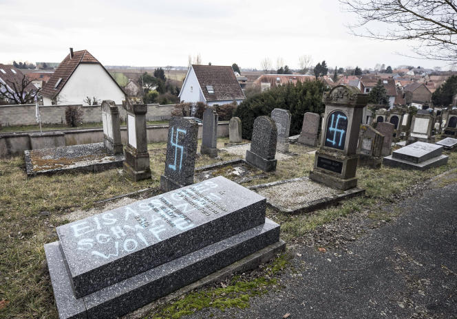 92 tombes du cimetière juif de Quatzenheim, en Alsace, ont été profanées dans la nuit du 18 au 19 février.