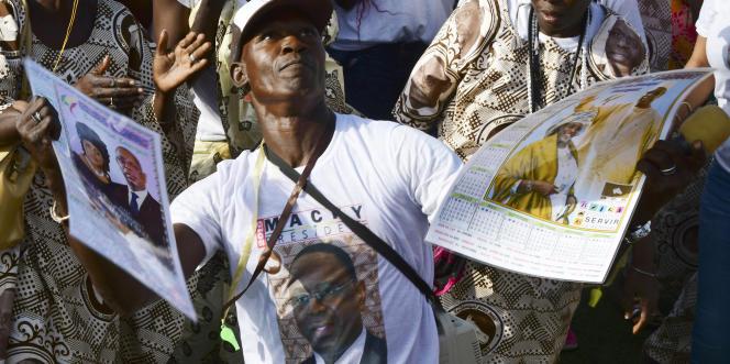 Manifestation de partisans du président sénégalais Macky Sall pour un second mandat, à Saint-Louis, le 19 février 2019.