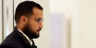 "Alexandre Benalla, the former top security aide to the French President arrives at Paris courthouse, on February 19, 2019, prior to a hearing before a judge as part of the so called ""Benalla case"". Vincent Crase, a former police officer, lost his job last year after he and a friend, Alexandre Benalla, a former top security aide to President Emmanuel Macron, were filmed roughing up protesters during a May Day demonstration. Benalla has since been charged with illegally using diplomatic passports he was given when working at the Elysee. / AFP / Geoffroy VAN DER HASSELT"