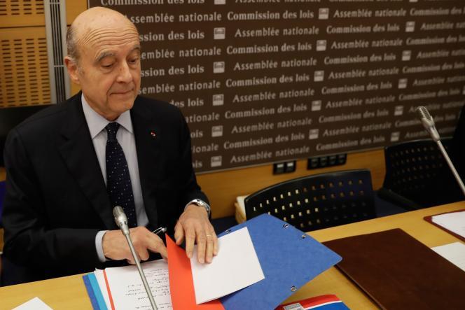 Alain Juppé, avant son audition par la commission des lois de l'Assemblée nationale, le 21 février 2019, Paris, France.