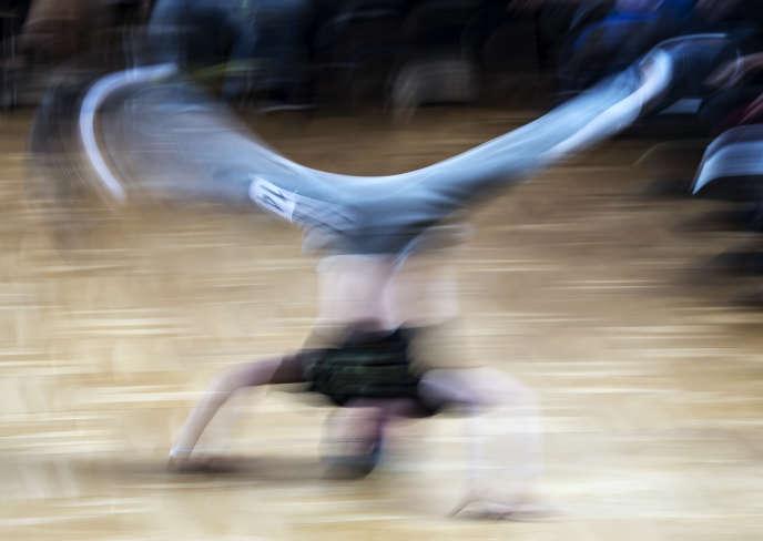 Un breakdancer lors d'un championnat en Allemagne, en mars 2017.