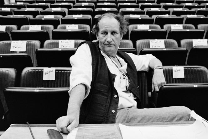 Le cinéaste Claude Goretta au Festival d'art lyrique d'Aix-en-Provence en juillet 1985.