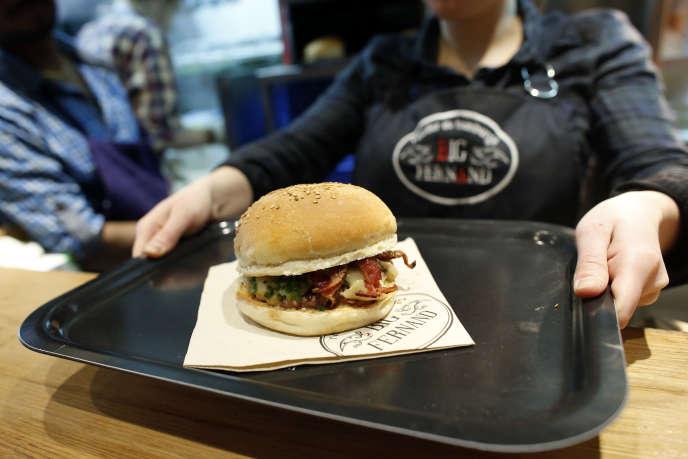Aux côtésdes chaînes historiques (McDonald's, Burger King), des enseignes spécialisées ont vu le jour en France comme Big Fernand.