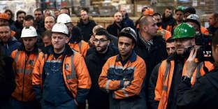 Des ouvriers de l'aciérie Ascoval de Saint-Saulve (Nord) en assemblée générale, le 19 décembre 2018.