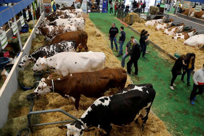 «Depuis cinquante ans, les progrès de l'agriculture et de l'élevage fondés sur les avancées scientifiques ont multiplié la production de lait des vaches par lactation par 4,6» (Salon de l'agriculture, Paris, le 23 février).