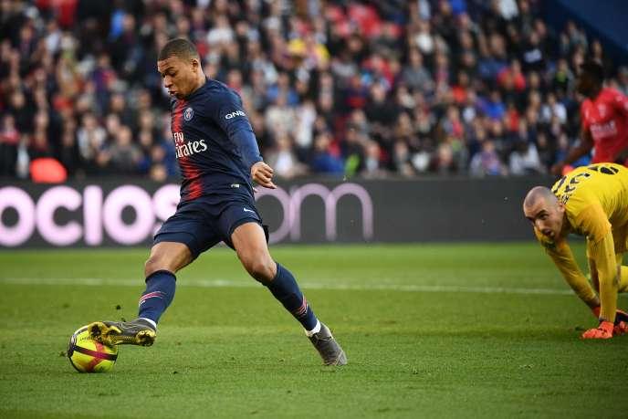 Depuis quatre ans, la Ligue 1 court après Kylian Mbappé.
